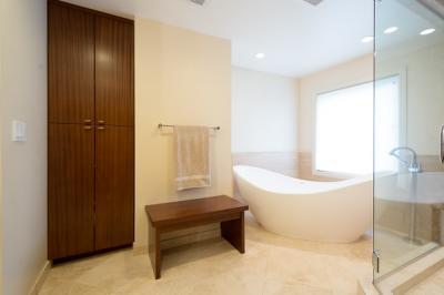 Happy-Valley-Bathroom-09